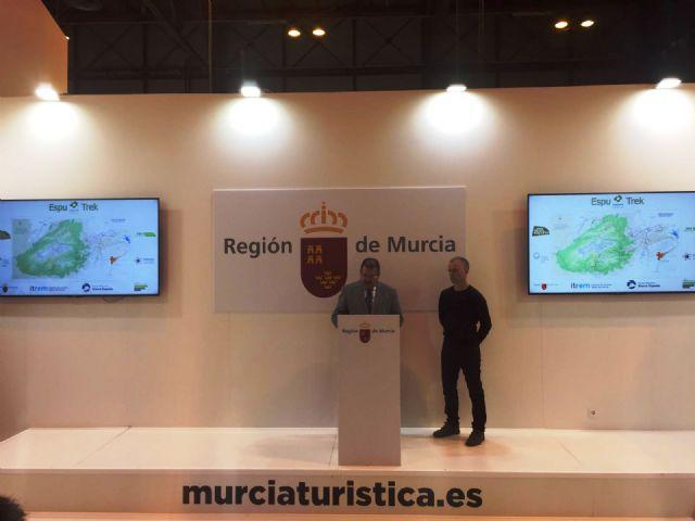 La Mancomunidad Turística de Sierra Espuña presenta una iniciativa de ecoturismo, para fomentar la práctica del senderismo en el parque regional