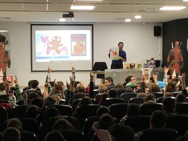 El dibujante de Marvel, Salva Espín, imparte tres clases magistrales a alumnos y vecinos de Fuente Álamo - 1, Foto 1