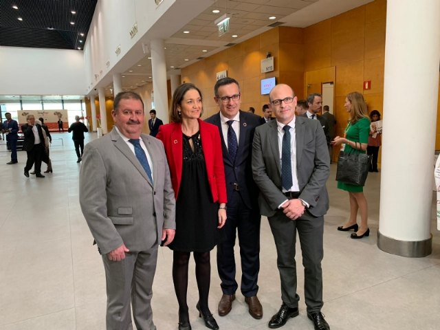 The mayor attends in Fitur the sample of the results of the Ecotourism Observatory and the III National Congress of Ecotourism, and the presentations of destinations of the Day of the Region of Murcia