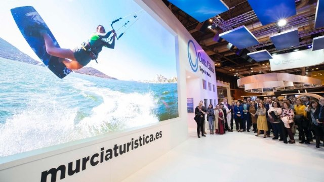 The mayor attends in Fitur the sample of the results of the Ecotourism Observatory and the III National Congress of Ecotourism, and the presentations of destinations of the Day of the Region of Murcia, Foto 3