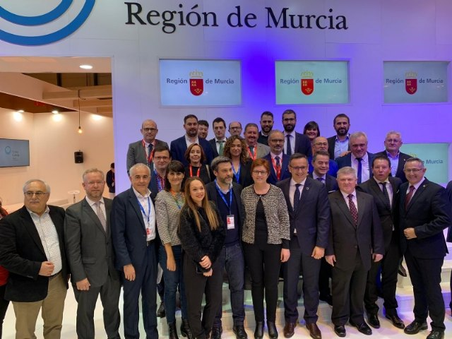 The mayor attends in Fitur the sample of the results of the Ecotourism Observatory and the III National Congress of Ecotourism, and the presentations of destinations of the Day of the Region of Murcia, Foto 4