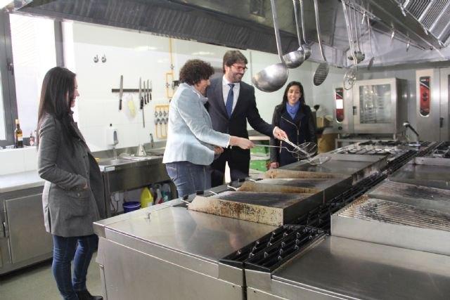 El Centro de Cualificación Turística de Murcia ofrece una nueva oferta formativa en Puerto Lumbreras - 1, Foto 1