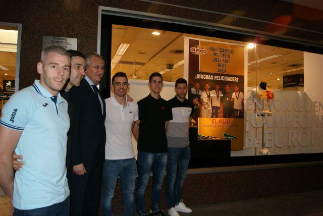 El Corte Inglés rinde Homenaje a los Campeones de Europa de ElPozo Murcia F.S. - 3, Foto 3