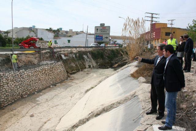 Fomento acondiciona y mejora la seguridad vial en la carretera que une Alcantarilla con Molina de Segura - 1, Foto 1