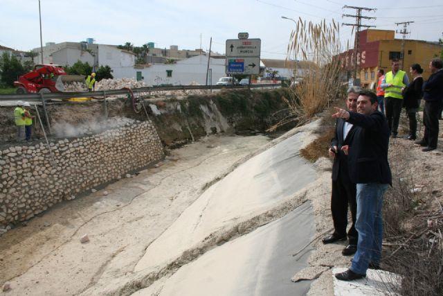 Fomento acondiciona y mejora la seguridad vial en la carretera que une Alcantarilla con Molina de Segura - 3, Foto 3