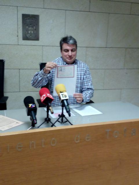 Aprobado por unanimidad la iniciativa del PP en el Pleno del ayuntamiento para que se devuelvan los documentos que se encuentran y retienen indebidamente por la Generalidad Catalana pertenecientes al archivo de Salamanca, Foto 6
