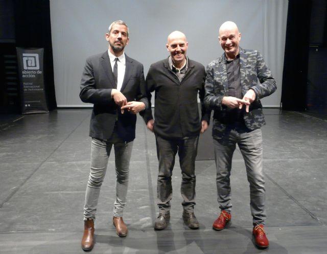 El Centro Párraga recibe a los comisarios internacionales Notz y Wilhelmus para que conozcan a los artistas de la Región - 1, Foto 1