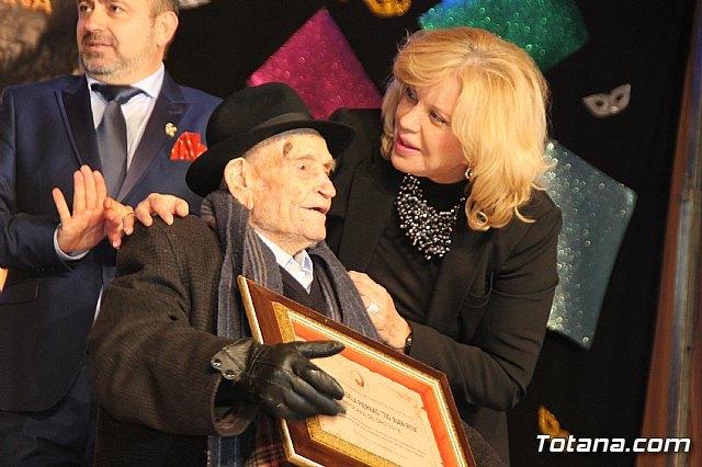 Bárbara Rey en la entrega de la Máscara de Oro 2018 al Tío Juan Rita / Totana.com, Foto 1