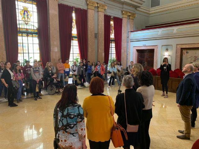 Alumnos de Dinamarca, Finlandia y República Checa visitan el Salón de Plenos gracias al proyecto Erasmus Plus - 2, Foto 2