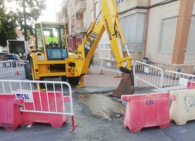 [Comienzan las obras para la instalación de una tubería de saneamiento en la calle Bolnuevo, cuyo proyecto se incluye en el POS 2020/21, Foto 1