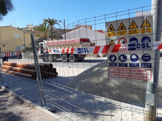 [Comienzan las obras para la instalación de una tubería de saneamiento en la calle Bolnuevo, cuyo proyecto se incluye en el POS 2020/21, Foto 2