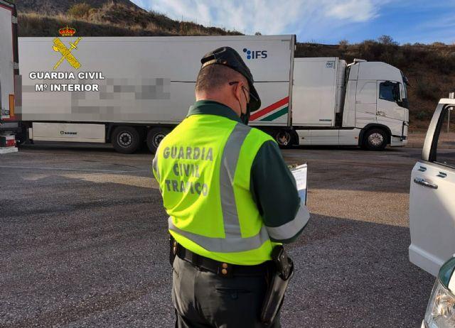 La Guardia Civil investiga al conductor de un camión que sextuplicaba la tasa máxima de alcohol - 3, Foto 3