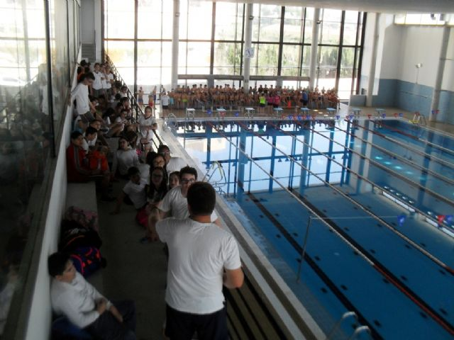 "The Department of Sports and the Sports Center ""MOVE"" organized a School Aquatic Day and Zumba"
