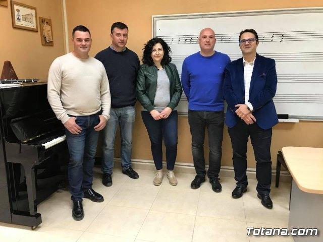 La Agrupación Musical de Totana firma un acuerdo de colaboración con la Hermandad de Santa María Magdalena para participar en la Semana Santa de Totana, Foto 1
