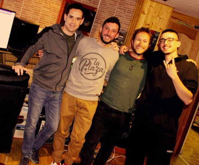 """LA PLAZA recorded their first EP """"ALFILERES"""", Foto 1"""