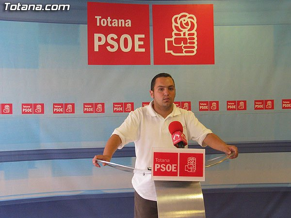 The PSOE of Totana celebrates that the Government of Pedro Sanchez has responded to the historical demands of farmers and ranchers in our town
