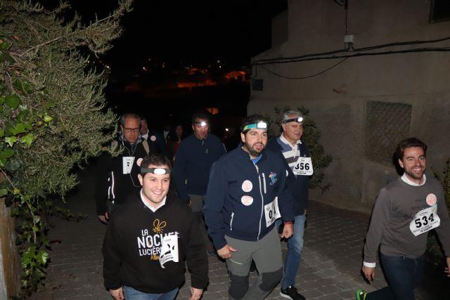 El presidente de la Comunidad participa en la marcha solidaria La Noche de las Luciérnagas - 2, Foto 2