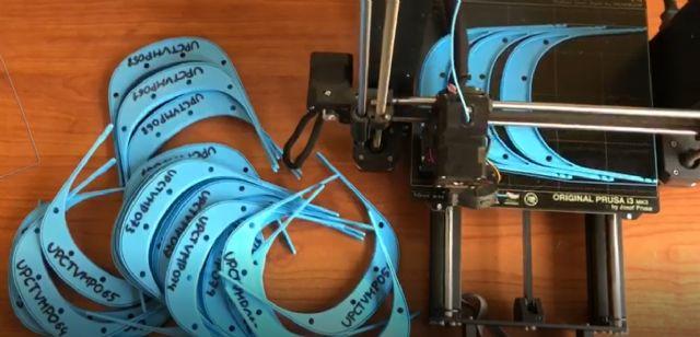 La UPCT entrega 400 pantallas protectoras impresas en 3D al Hospital Santa Lucía - 1, Foto 1