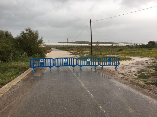 Corte de carreteras en Mazarrón con motivo de las últimas lluvias - 2, Foto 2
