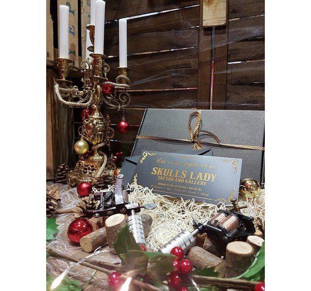 La concejalía de Comercio y la Asociación de Comercio y Hostelería fallan los premios de escaparates navideños y ultiman la Campaña de Primavera - 1, Foto 1