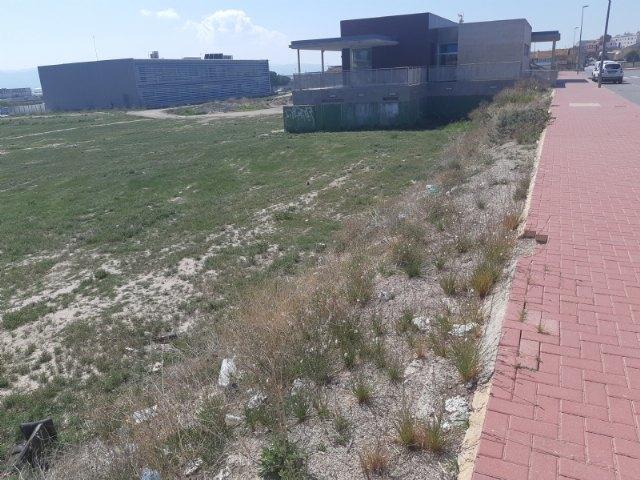 [El Ayuntamiento pone a disposición de la Consejería de Educación terrenos municipales para la posible creación y apertura de instalaciones educativas en el futuro