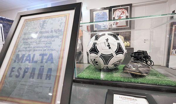 Medio millar de objetos del deporte de élite, de cerca en el Estadio de la Cartuja - 1, Foto 1