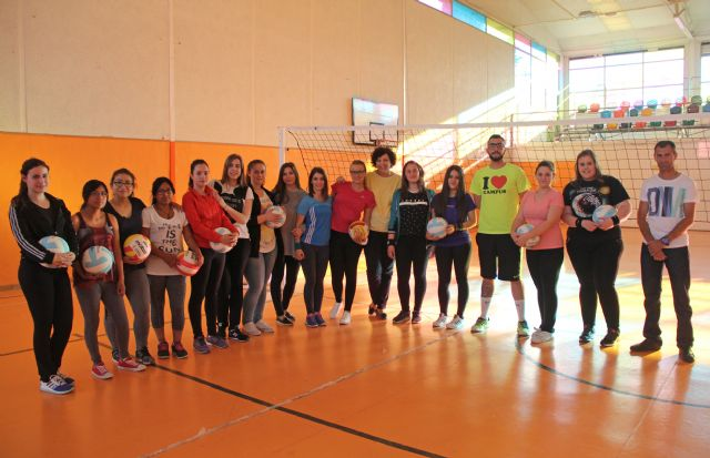 Nueva escuela deportiva de voleibol femenino en Puerto Lumbreras - 2, Foto 2