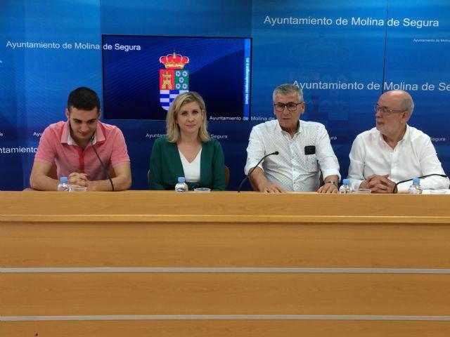El Ayuntamiento de Molina de Segura y la Coral Polifónica Hims Mola firman un convenio para promocionar sus actividades musicales en 2019 - 1, Foto 1