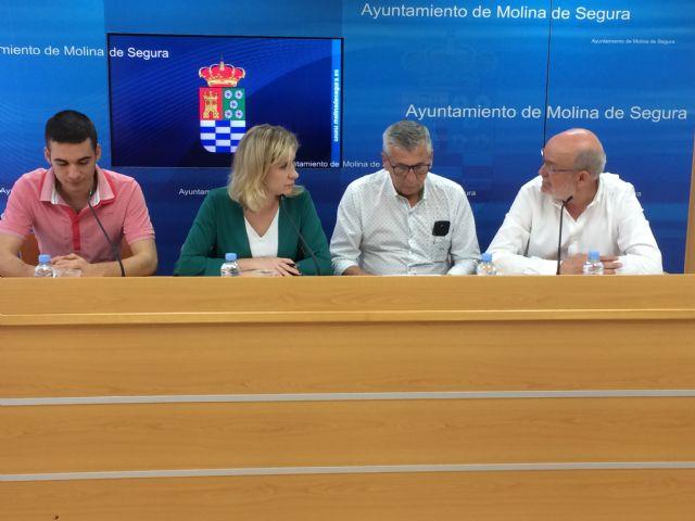 El Ayuntamiento de Molina de Segura y la Coral Polifónica Hims Mola firman un convenio para promocionar sus actividades musicales en 2019 - 2, Foto 2
