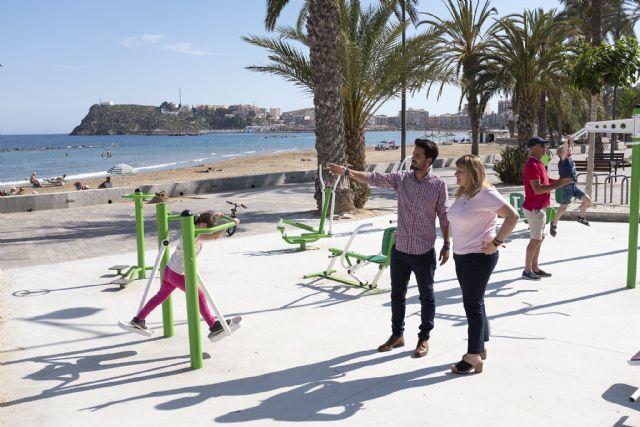 El PP visita a las nuevas instalaciones de gimnasia que alberga el Paseo Marítimo de Puerto de Mazarrón - 1, Foto 1