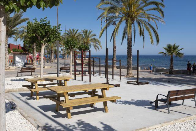 El PP visita a las nuevas instalaciones de gimnasia que alberga el Paseo Marítimo de Puerto de Mazarrón - 2, Foto 2