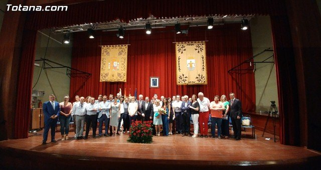 Garcia Cánovas announced that to clean up the economic situation of the municipality, the elaboration of the General Plan and the creation of the Ombudsman are among its priorities of government, Foto 2