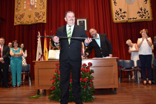 Andrés García Cánovas toma el relevo en la Alcaldía para los dos próximos años de legislatura