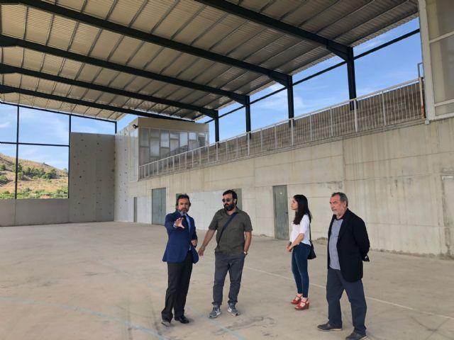 La Comunidad financia el cubrimiento de la pista polideportiva de Ricote - 1, Foto 1