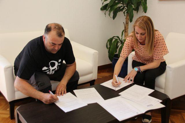 El Consistorio renueva su convenio de colaboración con el Moto Club Alhama, Foto 2