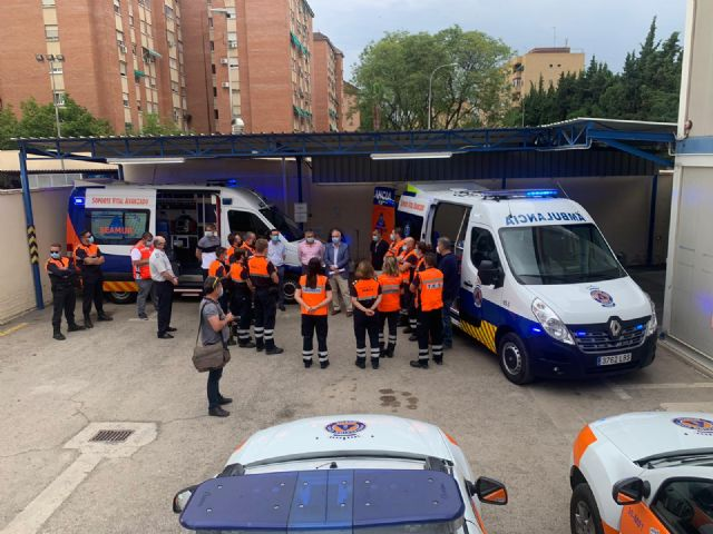 Protección Civil estrena una ambulancia y un novedoso sistema que permite la coordinación directa y eficaz con el 112 - 2, Foto 2