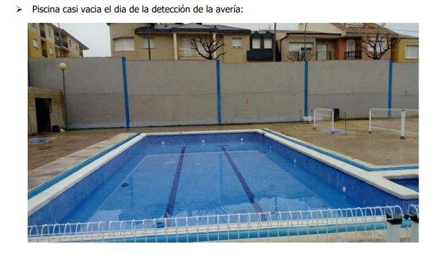 La apertura de Los Rosales peligra por una rotura en una de sus piscinas - 1, Foto 1