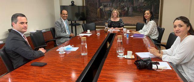 La consejera de Empresa, Industria y Portavocía recibe al cónsul de Ecuador - 1, Foto 1
