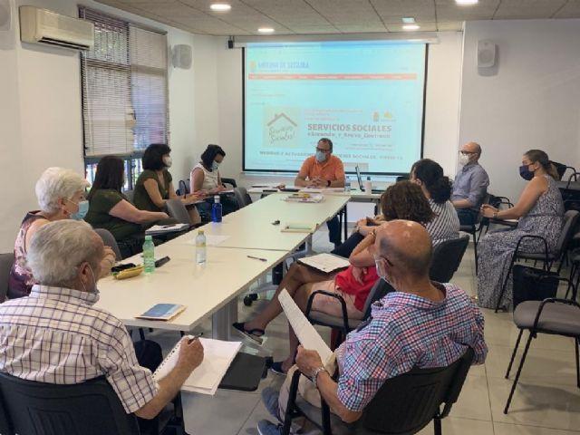 El Consejo Municipal de Bienestar Social de Molina de Segura analiza el nuevo proyecto de identificación de riesgos e intervención para personas mayores de 65 años que viven solas - 1, Foto 1