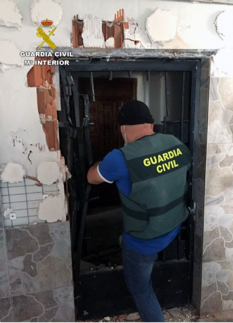 La Guardia Civil culmina una macro-operación antidroga con 71 detenidos en la comarca murciana de la Vega Alta del Segura - 1, Foto 1