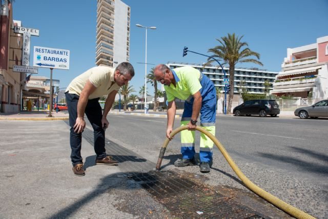 Limpian canalizaciones e imbornales para prevenir inundaciones - 1, Foto 1