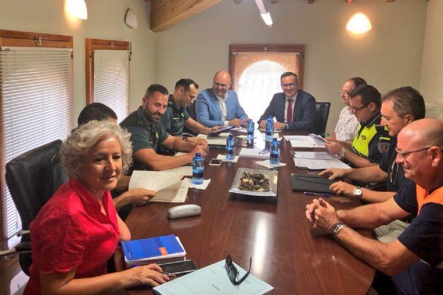 Receptividad del Delegado del Gobierno en temas de seguridad y cuestiones de infraestructuras para el agua - 2, Foto 2