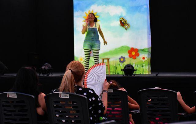 La Cuentacuentos Raquel Torres con Los cuentos de Celia entretuvo a grandes y pequeños - 3, Foto 3