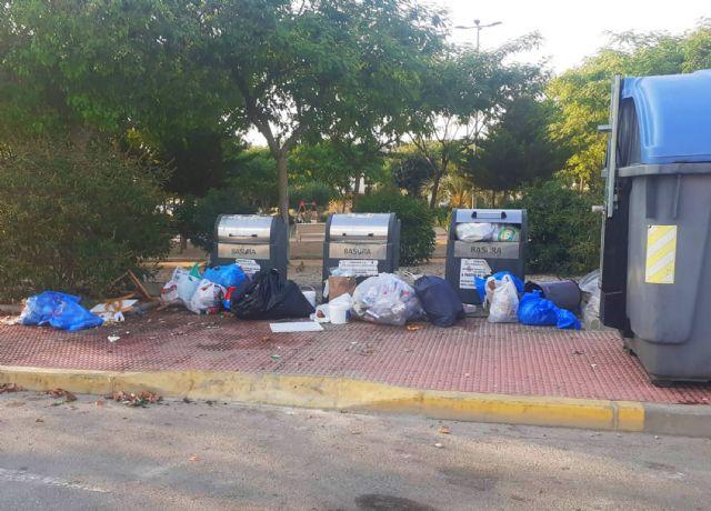 El Ayuntamiento reforzará la vigilancia ante el mal uso de los contenedores, que conlleva sanciones de hasta 750 euros - 4, Foto 4