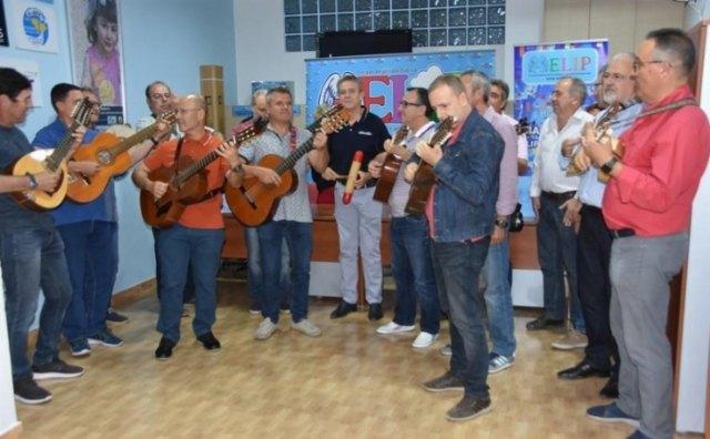 La Banda del Marzipan delivers € 420 of the sale of its Solidario album to AELIP