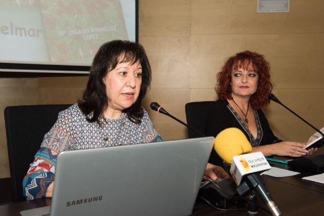 María Ángeles Rodríguez presenta