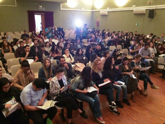 Nearly 200 students of the UMU participate in the 10th Conference on Local Economies of the Region of Murcia that are held in Totana on Local Development and Heritage, Foto 4