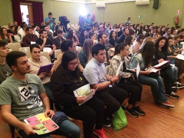 Nearly 200 students of the UMU participate in the 10th Conference on Local Economies of the Region of Murcia that are held in Totana on Local Development and Heritage, Foto 5