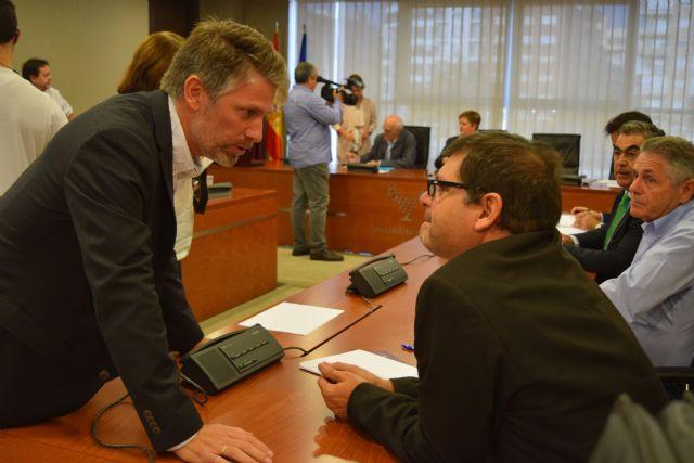 Víctor Martínez-Carrasco: Por primera vez un gobierno pone encima de la mesa un plan con soluciones para descontaminar los suelos mineros - 2, Foto 2