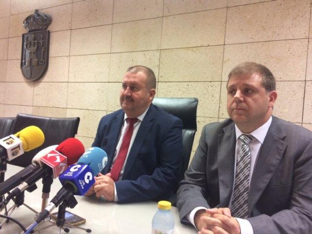 El alcalde se reúne con el presidente nacional de Correos, Foto 5